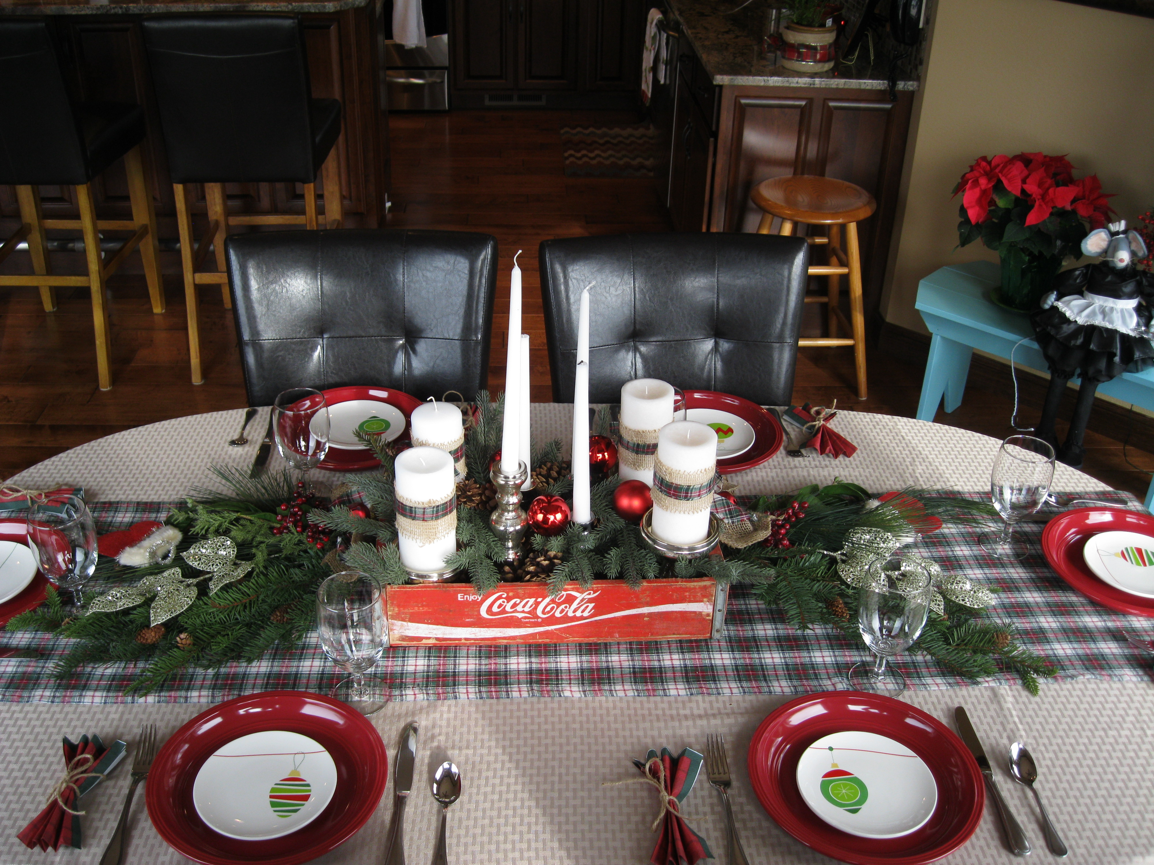 one of my favorite parts of any holiday or party is setting a fun table